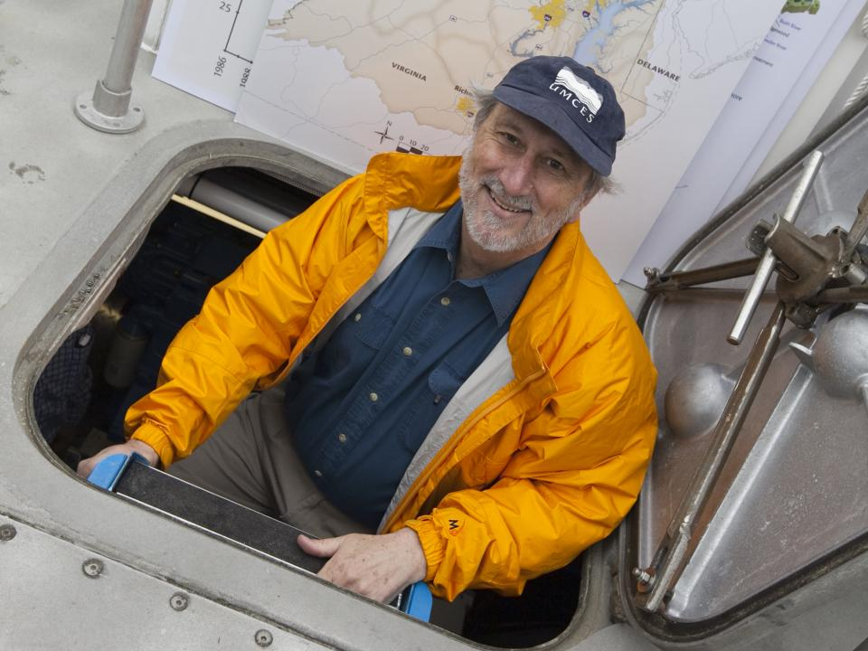 Don Boesch on Rachel Carson research vessel
