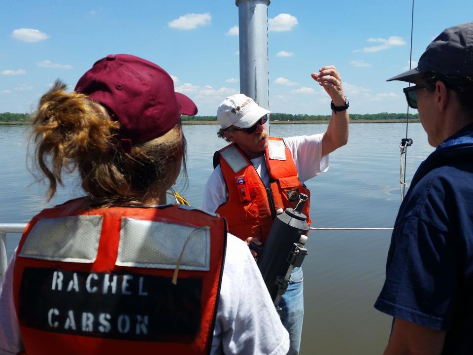 Professor Raleigh Hood explains how tubes in the CTD capture water.