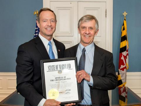 Walter Boynton accepts the Admiral of the Chesapeake honor from Gov. Martin O'Malley.