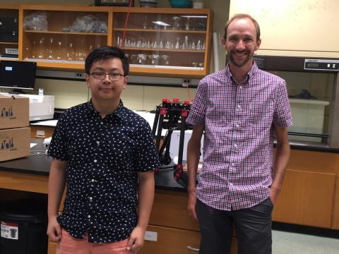 Student Marvin Li with mentor Greg Silsbe in the Horn Point Laboratory