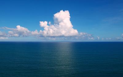 Clouds_over_the_Atlantic_Ocean_By Tiago Fioreze (Own work)