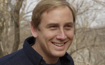 Headshot of Dr. Pete Marra
