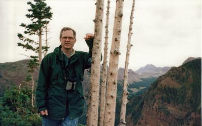 Picture of Dr. Richard Johnson outdoors