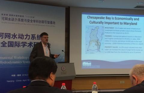 Dave Nemazie gives a presentation about Chesapeake Bay.