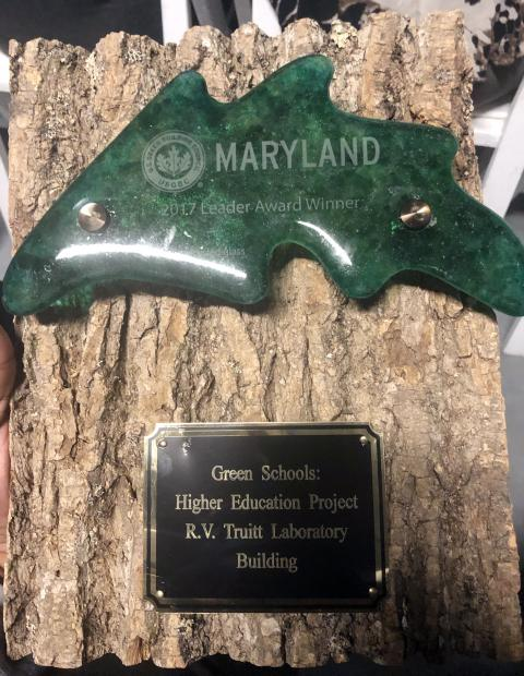 The plaque received by CBL for the RV Truitt Laboratory Building winning a Green Building award.