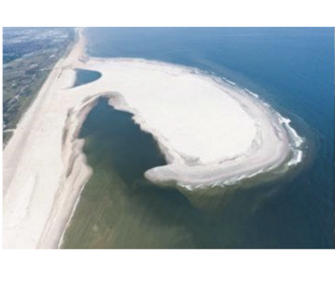 A birds eye view at how breakwaters affect coast lines