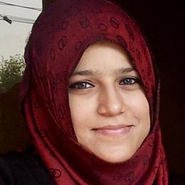 headshot of Ayesha Liaqat